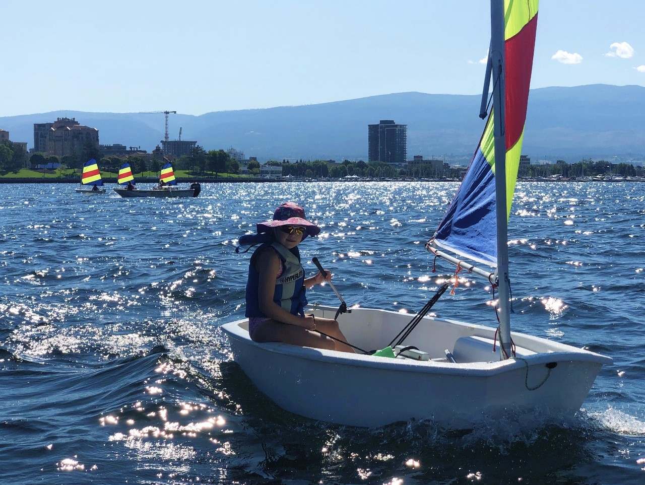 day-summer-camps-for-kids-youth-sailing-programs